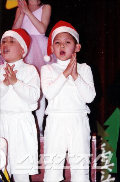 [PIC] Fotos de Dongho pequeño Dongho1