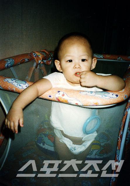 [PIC] Fotos de Dongho pequeño Dongho9